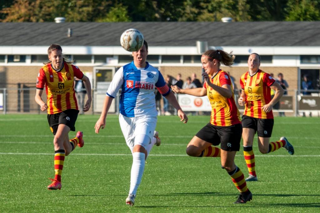 Joëlle de Bondt scoorde het vierde doelpunt. Geert Nieuwenhuis © BDU Media