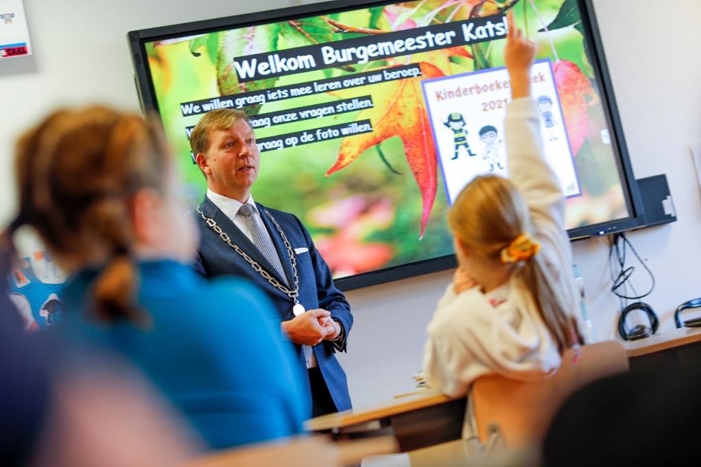 Burgemeester Kats op de Patrimoniumschool Jan-Jaap Vermeer © BDU Media