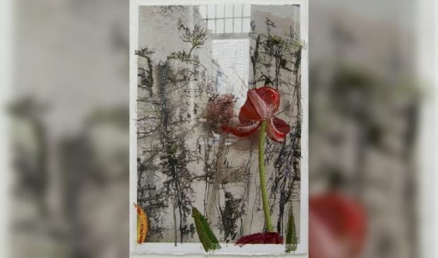 borduurgaren op print inkttekening rotswand en tulp