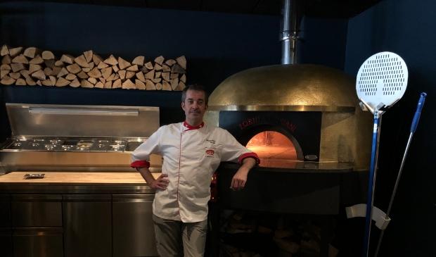 <p>Master pizzaiolo Massimiliano Crocetti</p>