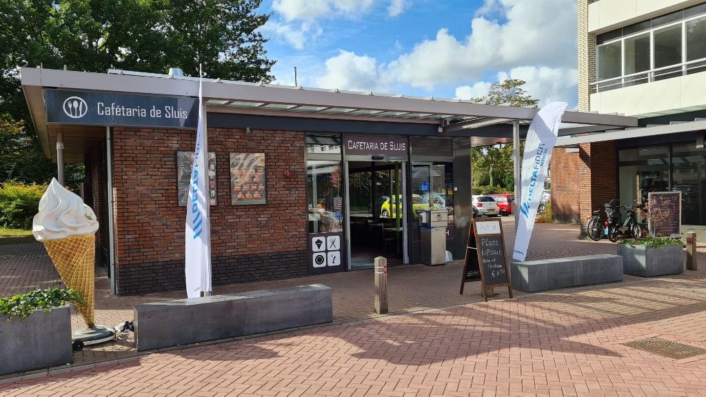 In Cafetarie De Sluis opent een extra informatiepunt vanaf 19 oktober DELTA Fiber Netwerk © BDU