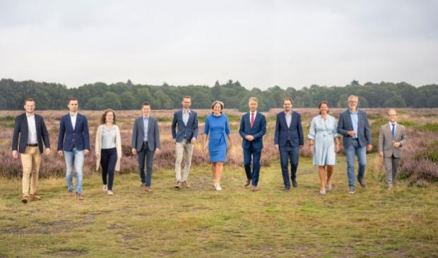 <p>Van links naar rechts: Gerben Slings, Jan Willem Middelesch, Noralie van &rsquo;t Hul, Arie Barendrecht, Bram van der Beek, Cora Otter, Leon Meijer, Niek van den Brink, Annemiek Stam, John Smits en Daan Weststrate.</p>