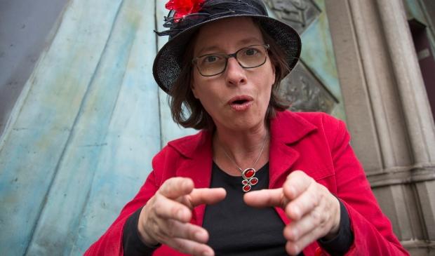 Verhalenverteller Louise Wandelaar is je gids.