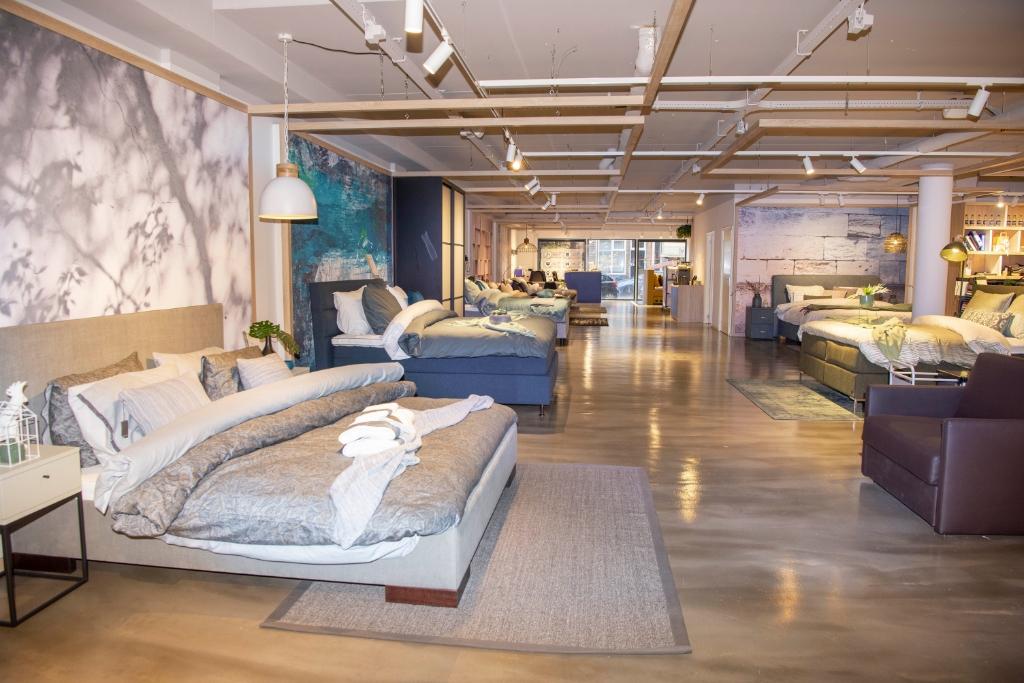 De ruime showroom van 750 m2 Ellen Toledo © BDU media