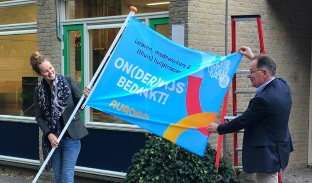 <p>Vlag van Aurora Onderwijsgroep</p>