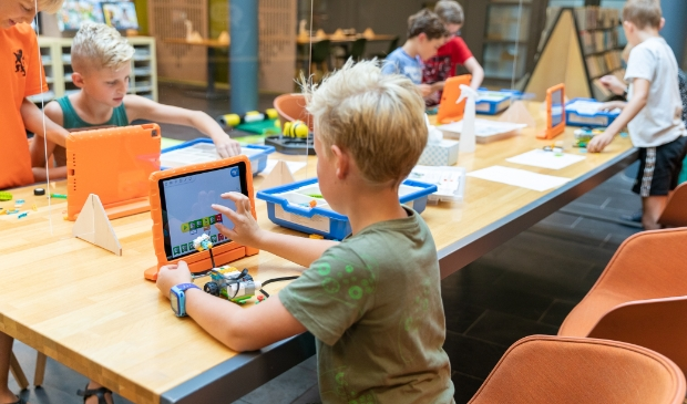 Techclub is een van de nieuwste activiteiten in de Bieb voor kinderen