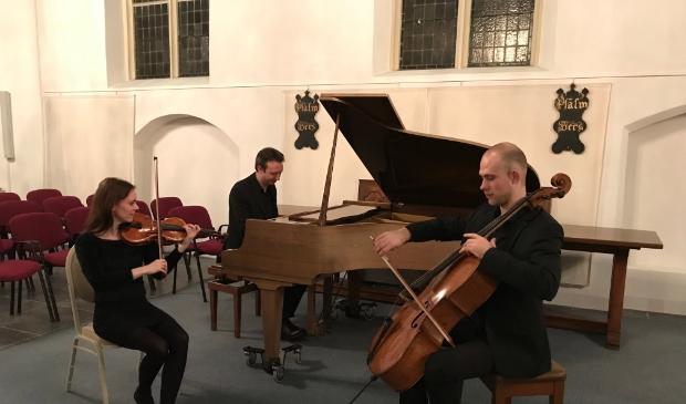 Bartholdy Trio tijdens een eerdere uitvoering in Het Sleeuwijks Kerkje