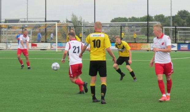 Jesper Buist (21) in duel met Meerkerk