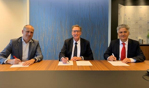 <p>De overeenkomst wordt ondertekend door gebiedsontwikkelaar AM, de gemeente en de Rabobank.&nbsp;</p>