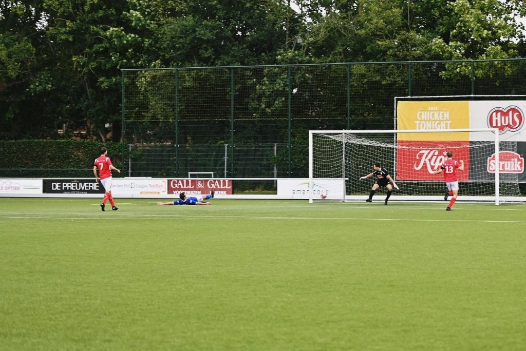 Doelpunt Rood-Wit, 2-3 T. van Bloemendaal © BDU media