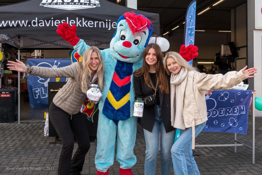 De organiserende dames ® René van den Brandt © BDU media