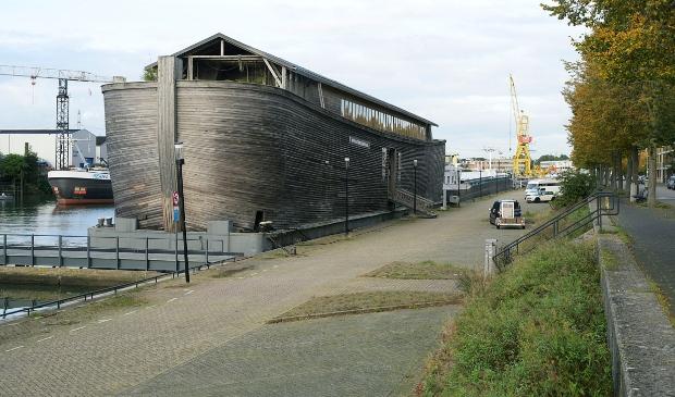 <p>De &#39;Ark van Noach&#39; is weer terug in Sliedrecht.</p>