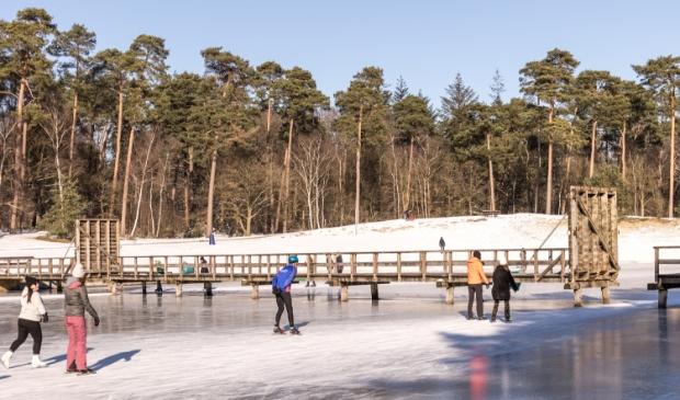 Schaatsen op het Henschotermeer zondag  14 februari