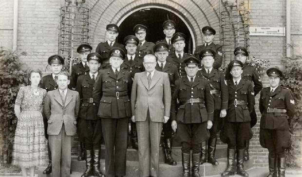 <p>Oudgediende van de politieschool.</p>