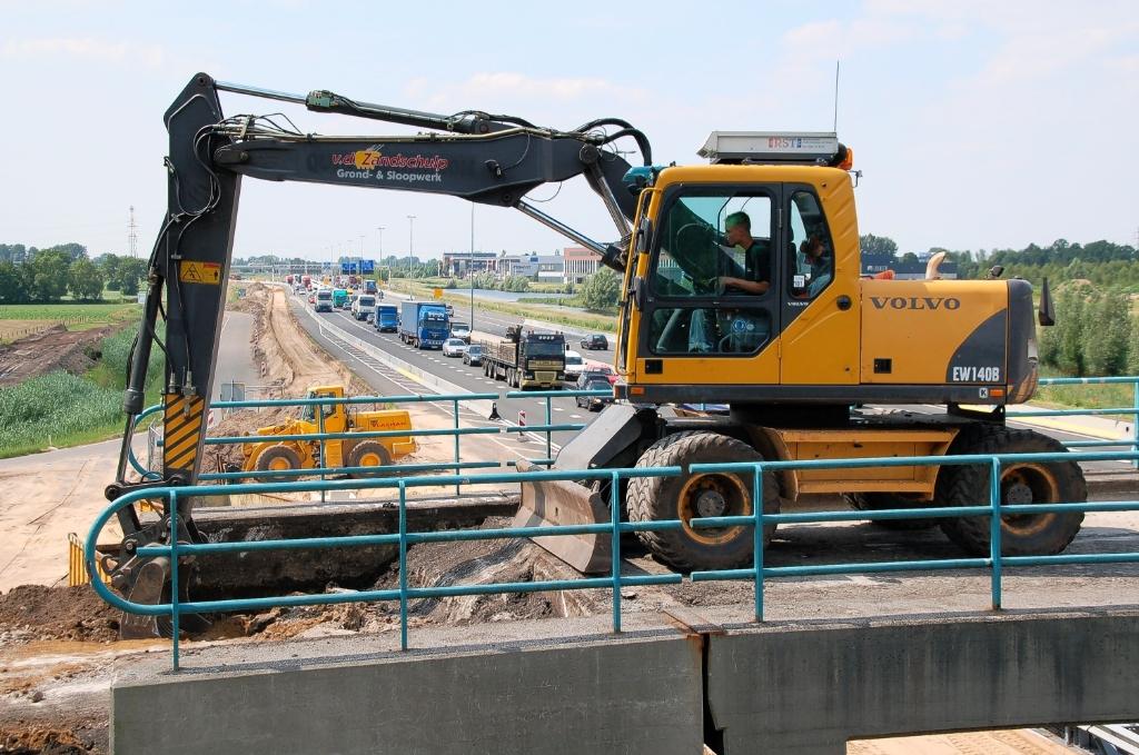 Oplossing fotoquiz 39: Ede, Statenpad (Rietkampen): reconstructie fietsviaduct over A12 (2008).  Henny Jansen © BDU Media