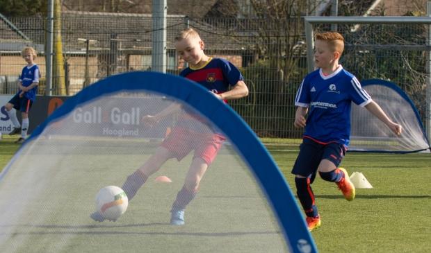 Professionele trainingen bij De Voetbalschool.