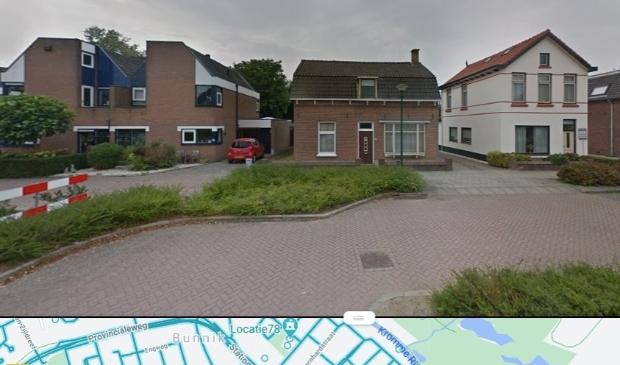 Het huis met de bruine voordeur is Schoudermantel 20