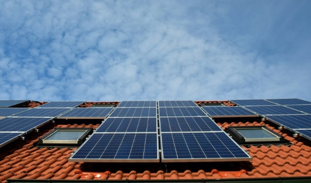 <p>Voorlichjtingsavond over zonnepanelen op het dak</p>