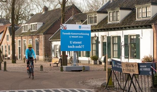 <p>Dorpstraat van Lage Vuursche</p> Caspar Huurdeman © BDU media