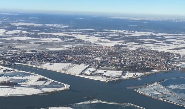 Wijk bij Duurstede, gezien vanaf de overkant van de Lek.