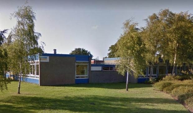 <p>&nbsp;Basisschool De Zwaan in Zwanenburg krijgt over anderhalf jaar nieuwbouw. </p>