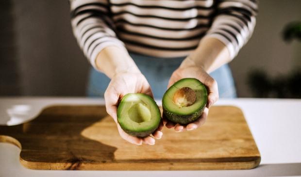 <p>Avocado&#39;s vallen in de smaak bij inwoners van de regio Barneveld.</p> Getty Images © BDU media