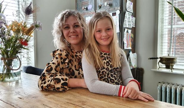 <p>Chantal en dochter Wies hebben allebei Hirschsprung.<br><br></p>