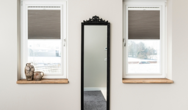 <p>Draaikiepramen in Barneveld voorzien van Easy-fit raambekleding.</p> <p>Pauw Media</p> © BDU media