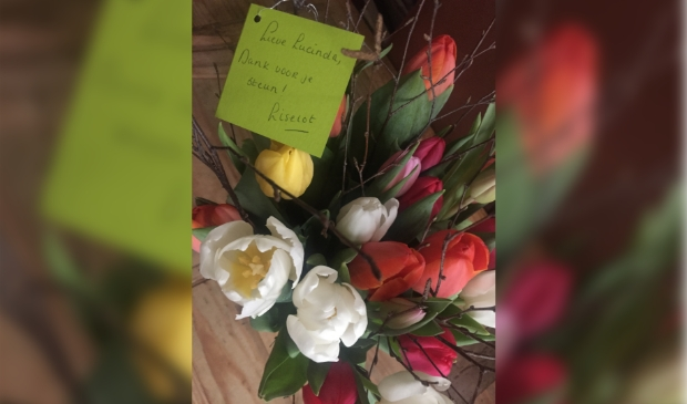 Bos tulpen met bedankkaartje