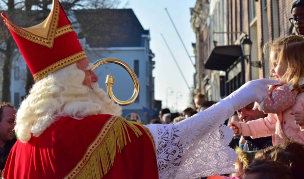 <p>De stichting Sint Nicolaasteam stopt met de intocht</p>
