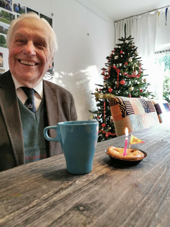 Piet op 96e verjaardag FleurdVH © BDU media