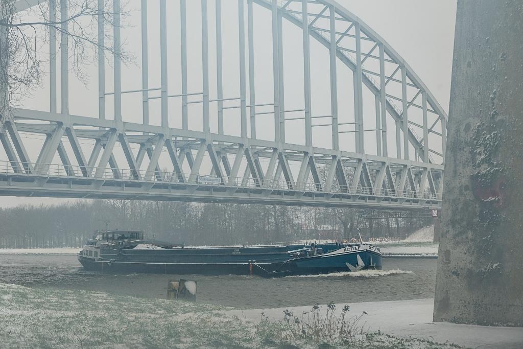 <p>Brug over Amsterdam Rijnkanaal&nbsp;</p> Rene van den Brandt © BDU media