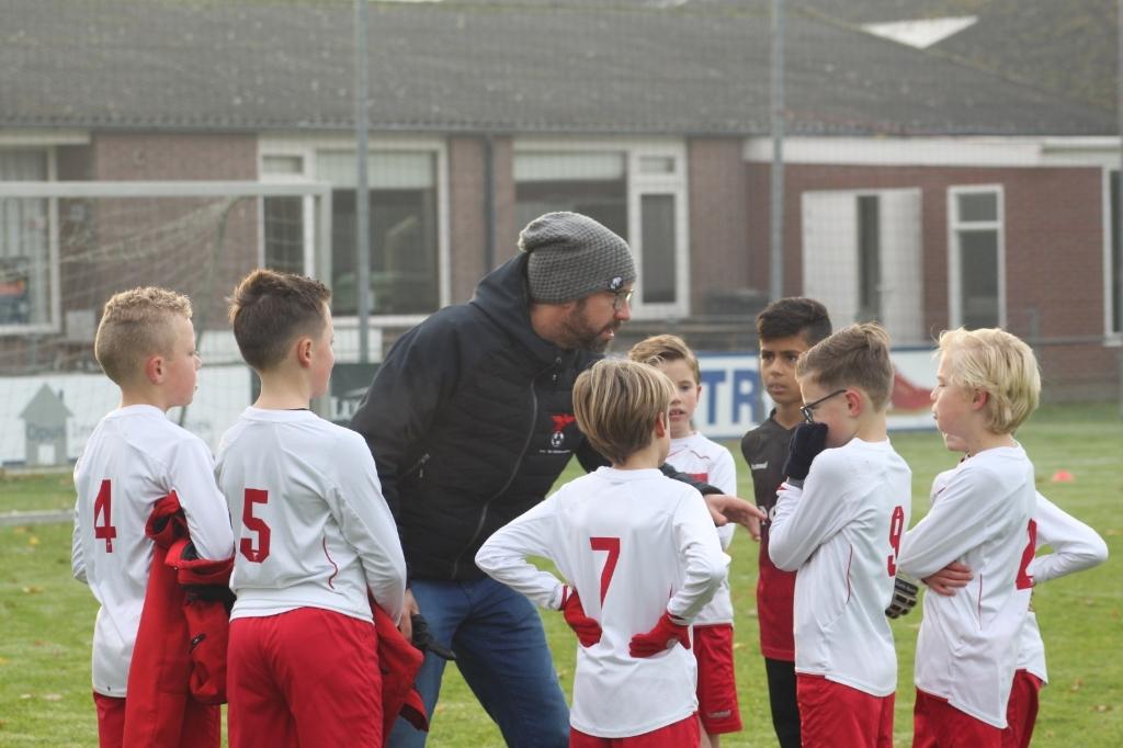 Wilco Diepenveen, nu nog trainer van de JO11-2.van Valleivogels, wordt assistent-trainer van het eerste. Valleivogels © BDU media