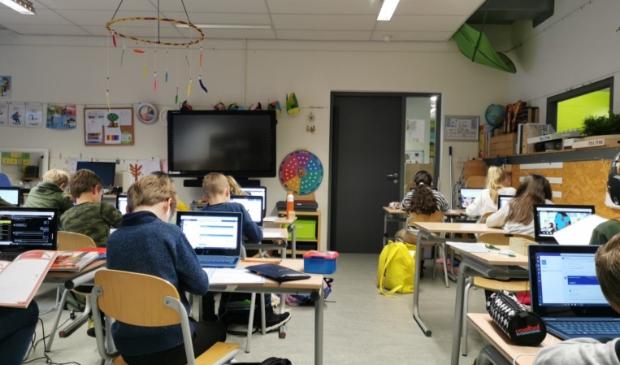 <p>Vanuit de gemeente Amersfoort is bij SRO de vraag gekomen of ze een pool voor noodopvang voor scholen konden regelen</p>