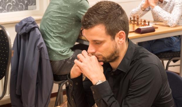 Robert van Rekom won in AJAX-stijl