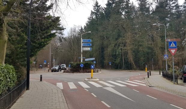 <p>Onder meer voor de mogelijke herinrichting van de rotonde aan de Garderenseweg schakelde de gemeente Putten een extern onderzoeksbureau in.</p>