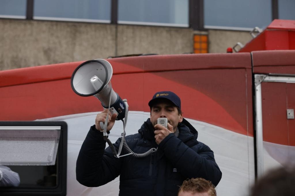 Thierry Baudet roept op tot afstand. Ted Walker © BDU Media