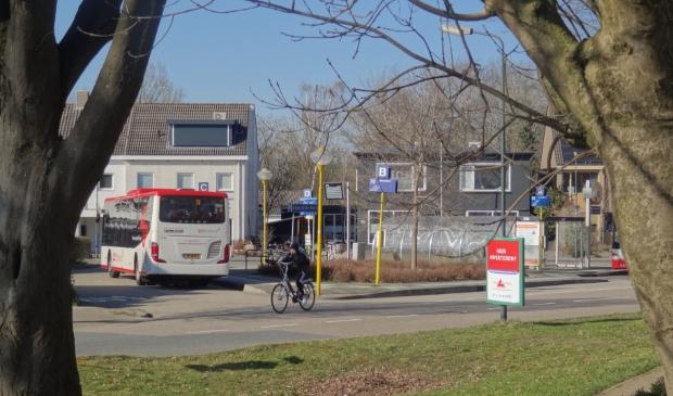 <p>Een scenario om het openbaar vervoer in de provincie met 20 procent af te schalen is van de baan.</p>