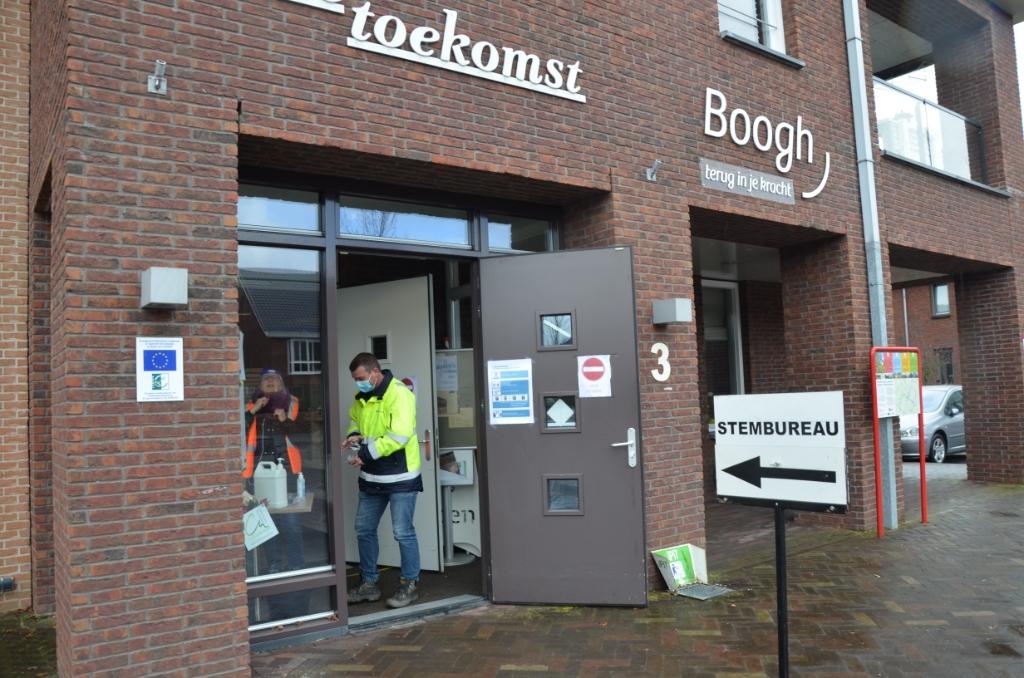 Stemmen in Langbroek Ali van Vemde © BDU media