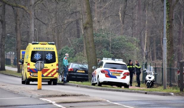 <p>De scooterrijder werd behandeld in de ambulance, maar hoefde niet naar het ziekenhuis.</p>