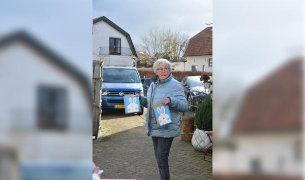 een vrijwilligster gaat op pad