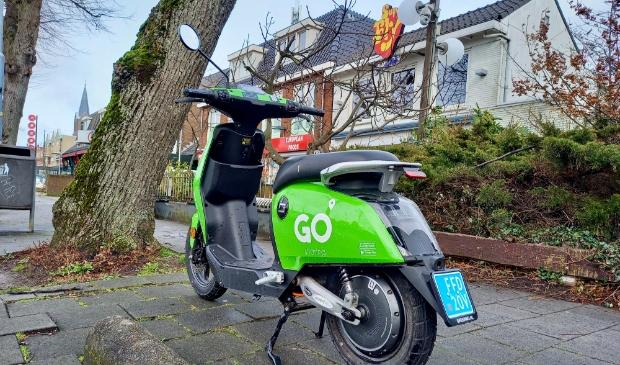 <p>Deze deelscooter is keurig op het voetpad geparkeerd. dat gaat niet altijd zo netjes.&nbsp;</p>