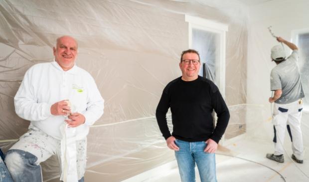 <p>Bert van de Munt (midden) en Fred Schneider zoeken nieuwe collega&#39;s.</p>