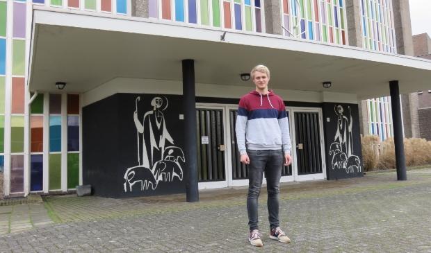 <p>Bouke Boerrigter is actief als vrijwilliger bij Op Doortocht om de wekelijkse kerkdiensten te helpen regelen.</p>