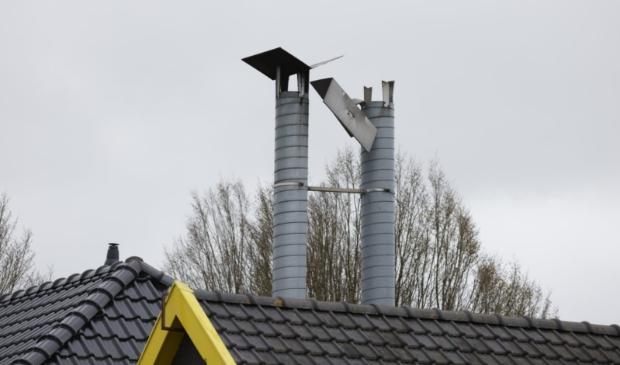 De schoorsteenpijp van een horecazaak waaide los door de storm. Ted Walker © BDU Media