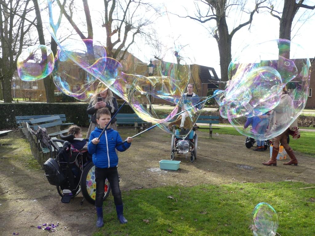 Tijdens de BeActive kwam ook logeerhuis QDreams uit De Glind even meedoen en genieten. Onbeperkt plezier. Carly Hamoen © BDU media