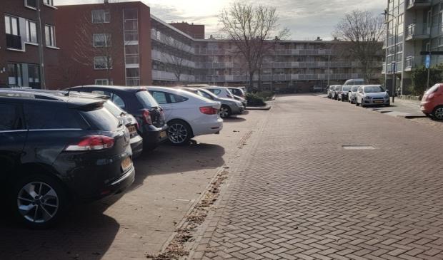 Geparkeerde auto's in Nieuw-Noord