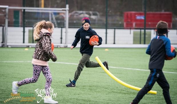 Enthousiaste kinderen tijdens een activiteit