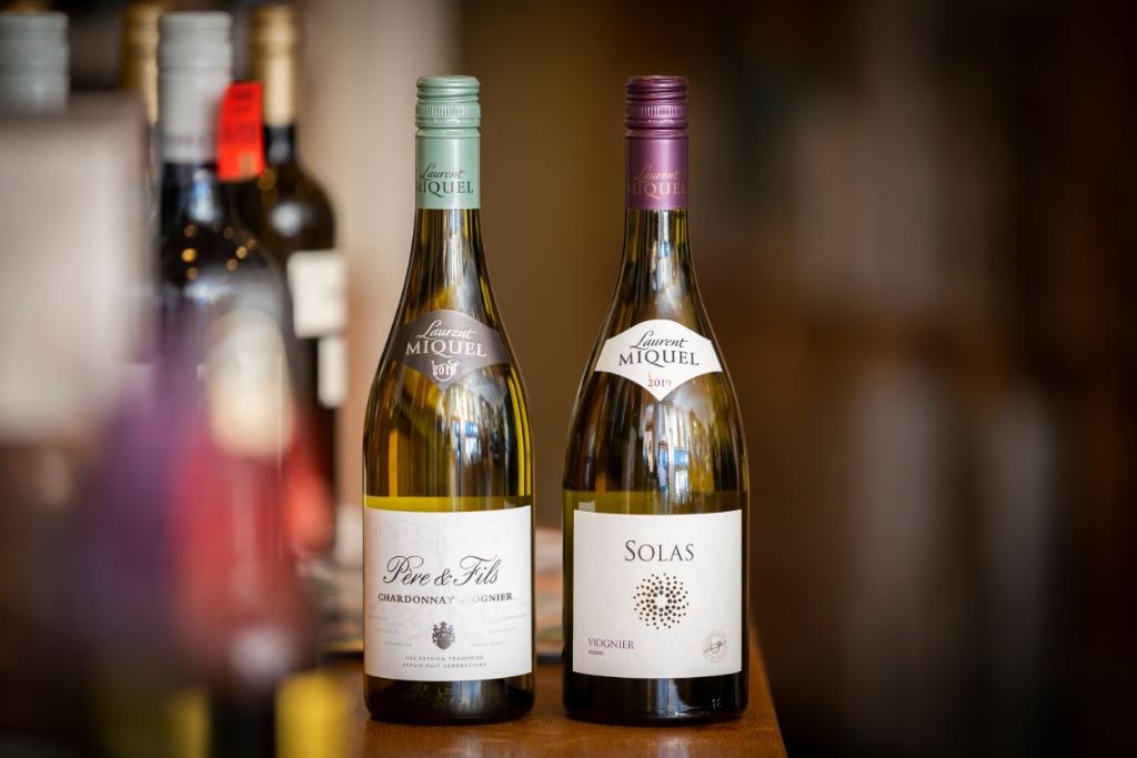 ,,Probeer de wijn van Laurent Miquel.'' Pauw Media © BDU media