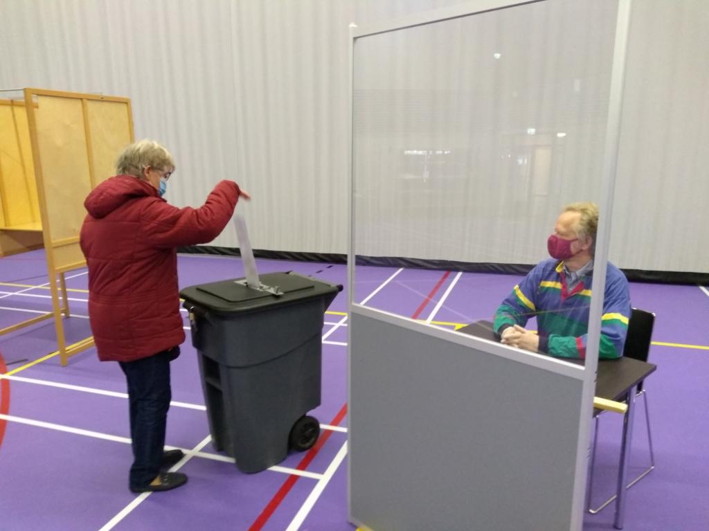 <p>De Lindenhof in Odijk was een van de drie locaties in de gemeente waar ook maandag en dinsdag al gestemd kon worden.</p>